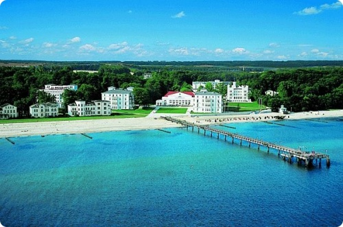 Германия: Хайлигендамм (Heiligendamm) – город и известный немецкий курорт, расположенный на побережье Балтийского моря
